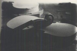 Violino in bianco e nero.